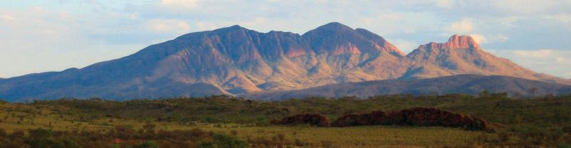 Eastern Macdonnell Ranges mountain view dusk